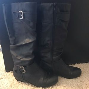 Great Northern Clothing Company woman's knee boots